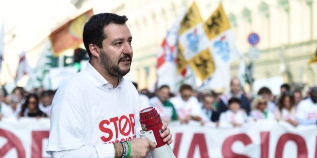 Matteo Salvini Fiom a Legnano, prima uscita ufficiale insieme davanti ai cancelli della Franco