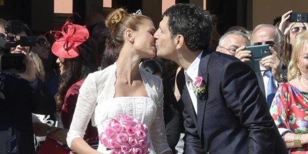 Fabrizio Frizzi e Carlotta Mantovan matrimonio. Tra gli ospiti Giulia, figlia di Rita Dalla Chiesa, ex...