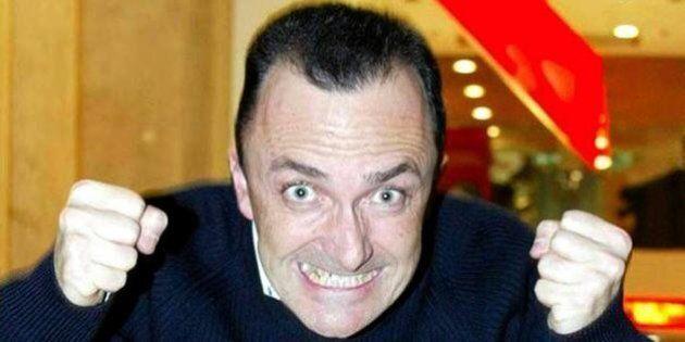 Daniele Luttazzi indagato per evasione fiscale. Il comico è accusato di aver evaso 140 mila