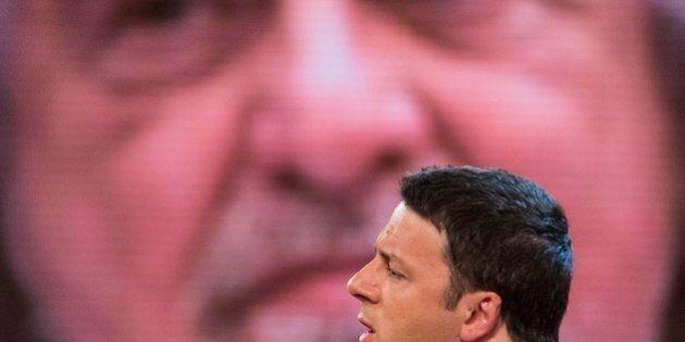 Beppe Grillo da Vespa cerca i voti di Berlusconi per battere Renzi. Blitz a Roma il 26 maggio in caso...