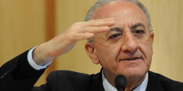 Vincenzo De Luca indagato per corruzione. Coinvolto anche il figlio