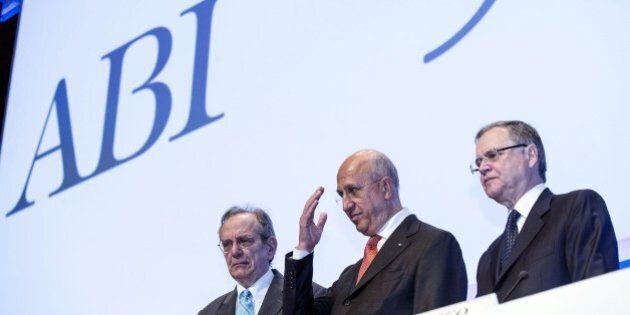 Abi, il malumore delle banche verso il Governo: