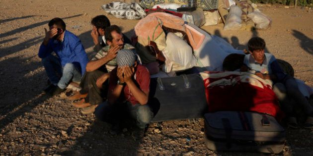 Siria, donna kamikaze curda contro Isis a