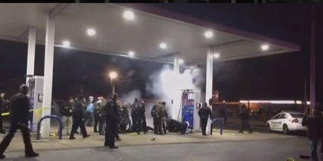 Ferguson: giovane nero ucciso dalla polizia a Berkeley, Missouri, alla vigilia di Natale