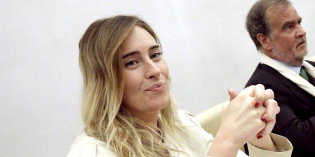 Maria Elena Boschi esulta per il primo sì al nuovo Senato.