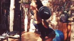 Guardate gli esercizi di Belen per tenersi in forma (FOTO,