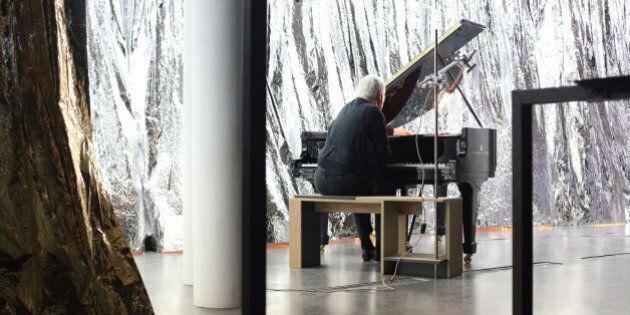 Celine Condorelli, la mostra Bau Bau in omaggio al Bauhaus: lavoro e cultura si incontrano nelle opere...