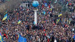Ucraina: manifestanti pro Ue occupano il municipio di