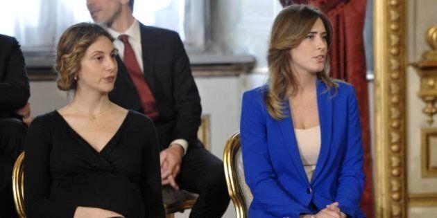 Governo Matteo Renzi: i ministri giurano. Look giovane e colorato. Giacche rosa, tailleur blu elettrico...