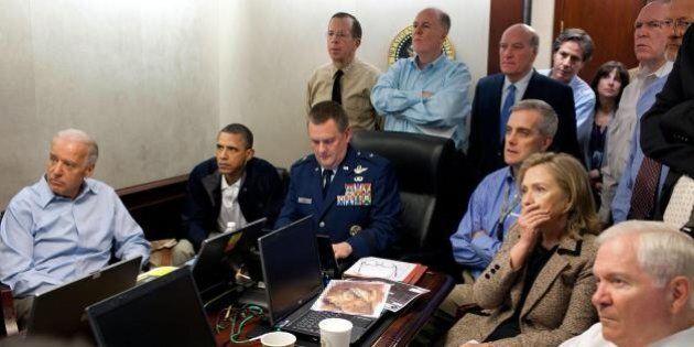 Obama non volle guardare il blitz contro Osama Bin Laden. Reggie Love: