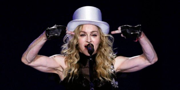 Madonna compie 55 anni, 30 anni di carriera no stop tra trionfi ed eccessi (FOTO,