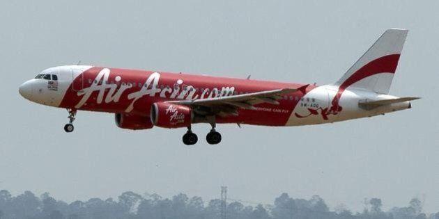Aereo malese AirAsia scomparso tra Indonesia e Singapore, a bordo 162 persone. Terzo disastro in un