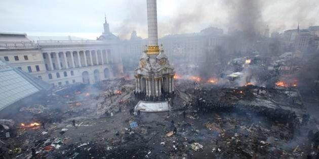 In Ucraina torna la calma a Piazza Maidan, non si sa dove sia Yanukovich, Turcinov presidente ad