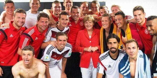Germania Argentina finale, Angela Merkel scommette sulla vittoria dei Mondiali per evitare l'effetto...