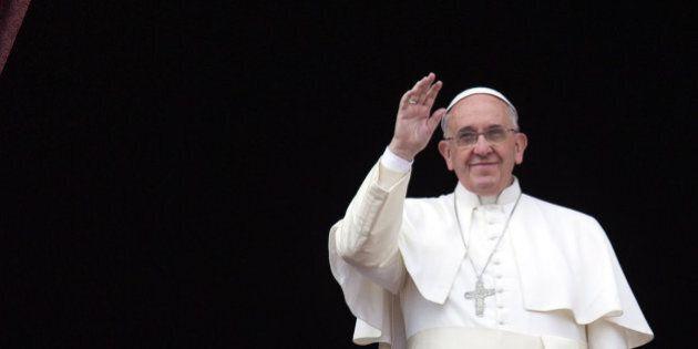 I numeri di papa Francesco: dai follower nei social al vertiginoso aumento del turismo religioso