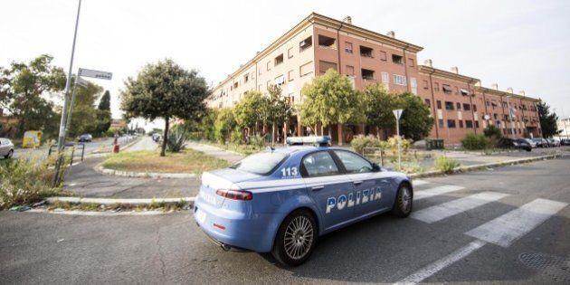 Riforma forze dell'ordine, Sap invia centomila cartoline a Matteo Renzi per evitare la chiusura di 251...