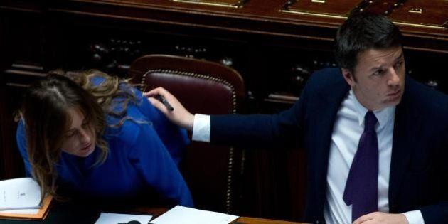 Matteo Renzi e la fiducia alla Camera: banco del governo quasi vuoto, ma ci sono quasi tutte le ministre