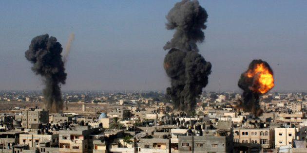 Israele, Protective Edge: settimo giorno di raid sulla Striscia: oltre 170 morti. Egitto: martedì tregua...