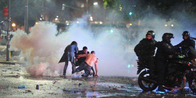 Finale Mondiali 2014, dopo la sconfitta dell'Argentina esplode la rabbia a Buenos Aires, con scontri...
