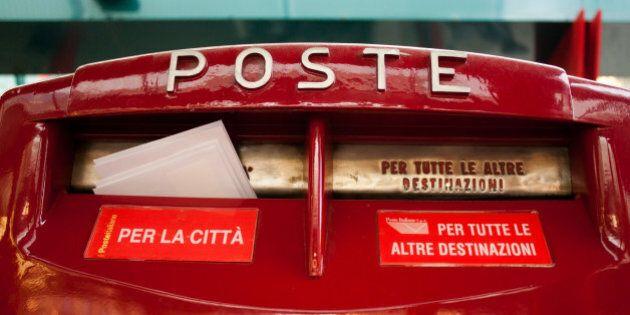 Poste, boom di furti: 242 lettere perse ogni giorno, 60,579 l'anno. E gli italiani passano alla posta