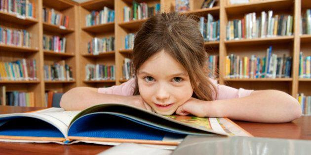 Scienze, uno studio rivela: se i vostri figli vanno male a scuola è (metà) colpa vostra e non dei