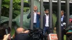 Grillo manifesta davanti la Rai