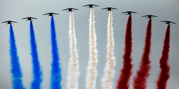 14 luglio 2014, a Parigi va in scena la grandeur francese. Dall'Argentina alla Cambogia, cinque notizie...