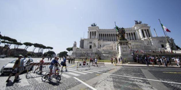 Roma, l'Azerbaijan dona un milione di euro per gli scavi archeologici che riuniranno i Fori imperiali