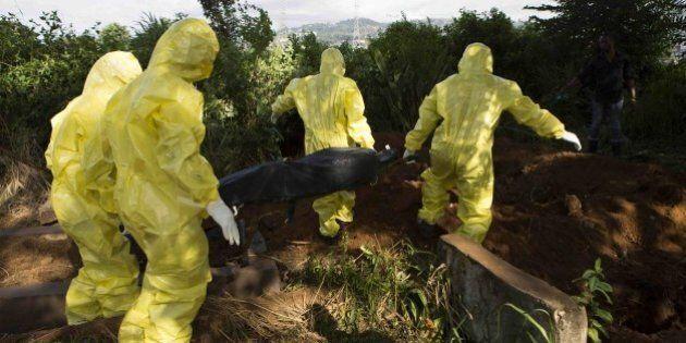 Ebola: cadaveri in strada in Sierra Leone, seppellitori in sciopero: