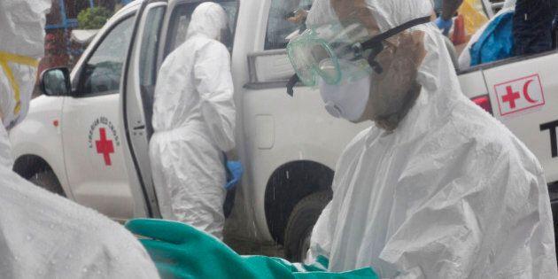 Ebola: Banca Mondiale, costi possono lievitare e superare i 32 miliardi di