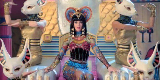 Katy Perry, la scritta