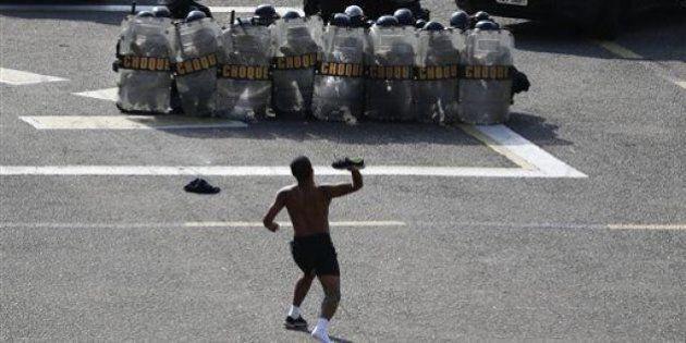 Mondiali in Brasile, le proteste in tutto il Paese: sette arresti e proiettili di gomma contro i manifestanti
