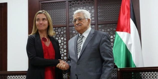 Federica Mogherini in Medio Oriente in cerca di gradi per fare Mrs PESC. Incontri a raffica in una situazione