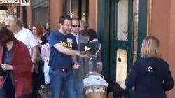 Salvini a Bologna sotto casa di Prodi: