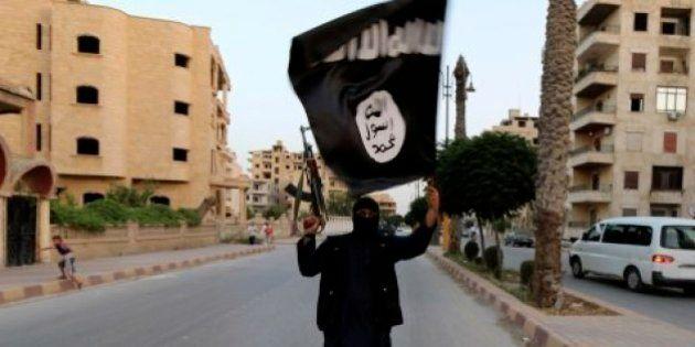 Una profezia apocalittica ispira l'Isis: una guerra tra l'esercito islamico e un'orda di infedeli prelude...