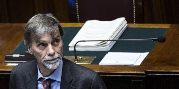 Graziano Delrio vuole mettere l'etica nelle società pubbliche. E attacca Eni e Finmeccanica sulla buonuscita...
