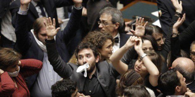 Decreto Imu-Bankitalia, dopo il caos in Aula sospesi Stefano Dambruoso e 23 deputati