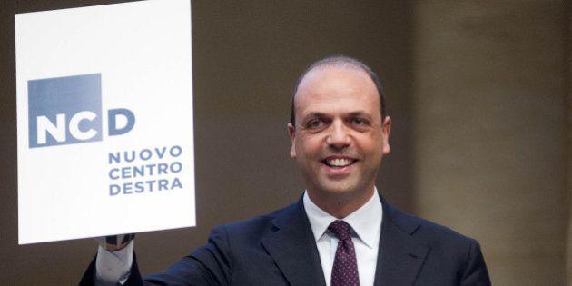 Ncd, il simbolo. I commenti più spietati (e divertenti) al logo del nuovo partito di Angelino Alfano