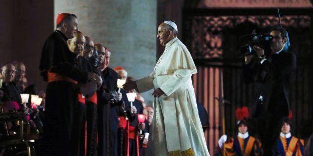Gay, il Sinodo apre alle coppie omosessuali. Monsignor Bruno Forte: