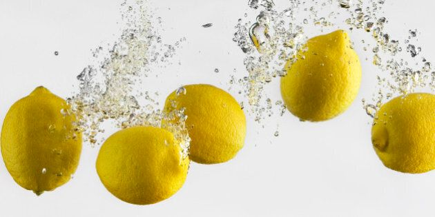Medicina ayurvedica, consigli per il benessere del tuo bioma. Inizia la giornata con acqua, limone e...