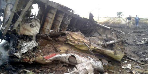 Aereo Malaysia caduto, la pista principale porta a un missile dei filorussi nella guerra tra Ucraina...
