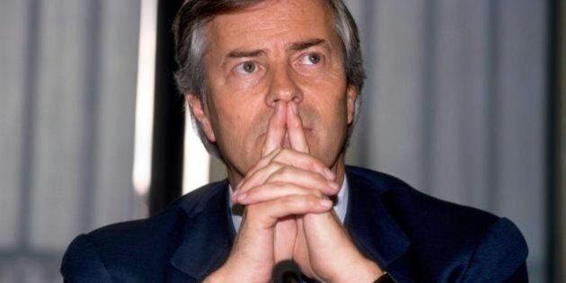 Mediobanca scioglie i gruppi, ma Vincent Bollorè rafforza la presa su Piazzetta