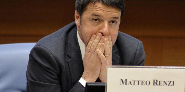 Salva-Silvio, il nervosismo dei renziani contro Bersani e Mucchetti. Renzi e l'esigenza di tenere coperto...