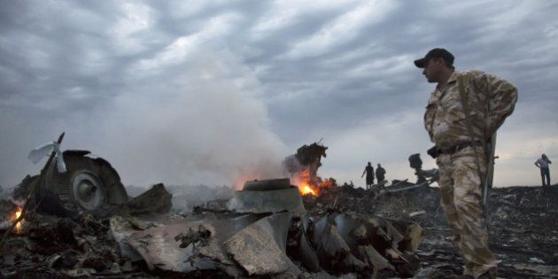 Aereo malese abbattuto, tra le vittime 80 bambini. Barack Obama incolpa Mosca:
