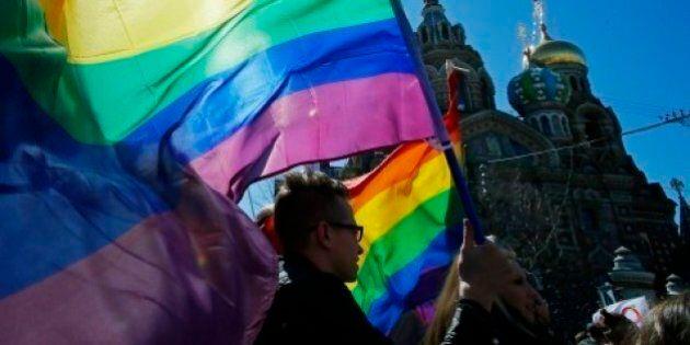 Russia, la patente ai transessuali e ai sadomasochisti vietata da una legge del primo ministro russo...