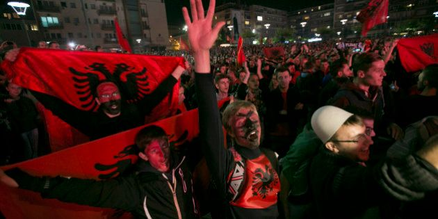 Serbia Albania sospesa, il drone è solo l'ultimo episodio della rivalità: i precedenti storici e sportivi...