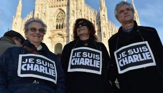 L'Italia dice no al terrorismo. Centinaia in piazza