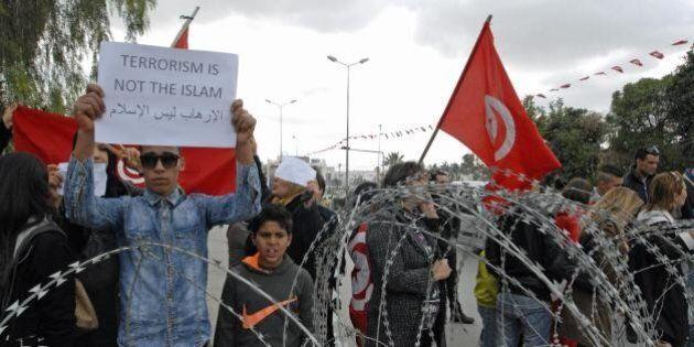 Tunisia, il governo punta alla manifestazione internazionale come a Parigi.