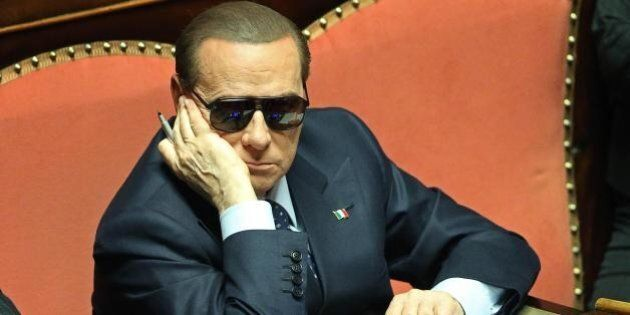 Silvio Berlusconi assolto nel processo d'appello Ruby, l'ironia di twitter: