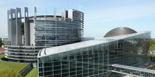 Flessibilità, martedì le scelte cruciali dell'Ue. Padoan a Strasburgo per seguire una partita cruciale...